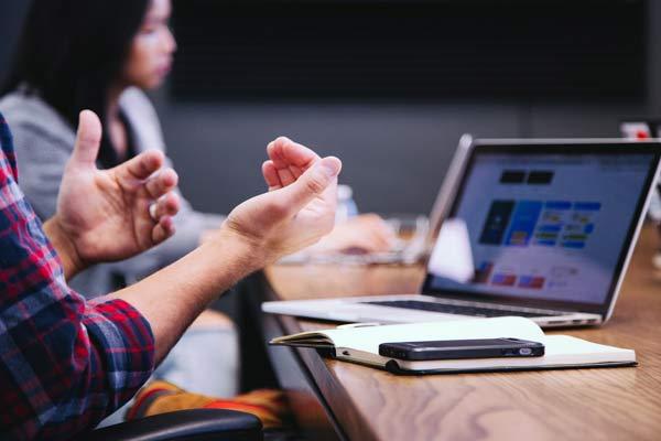 5 Ways To Prevent Hand & Wrist Injuries At Work